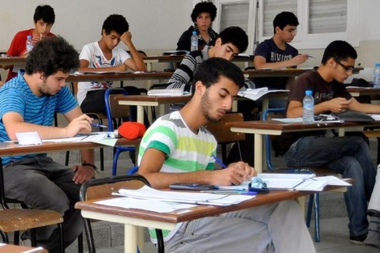 الوزارة تقرر تقديم تاريخ مداولات ونتائج امتحانات الباكلوريا