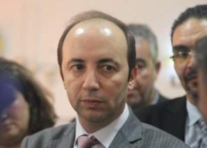 برلماني يتهم وزارة الدكالي بعدم احترام القانون في التعيينات في مناصب المسؤولية