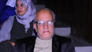 """""""شيخ الطلبة""""..سبعيني مغربي يعود إلى مقاعد الدراسة"""