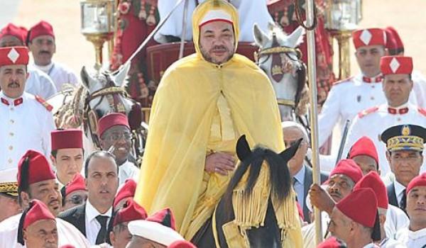 """عيد العرش..القصر يدعو إلى الاحتفال بـ""""طريقة عادية"""""""