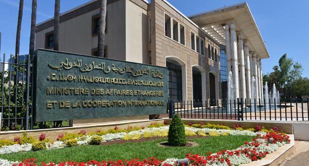 """الوضع بالجزائر..الحكومة تشجب التصرف """"غير المسؤول والأرعن والمتهور"""" لمزوار ئيس الاتحاد العام لمقاولات المغرب"""