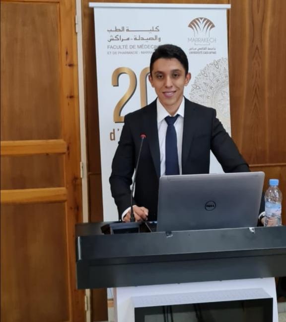 عماد غجاتي يناقش أطروحته في الطب بكلية الطب والصيدلة بالقاضي عياض
