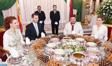 العاهل الإسباني يهنئ محمد السادس ويشيد بالصداقة العميقة المشتركة